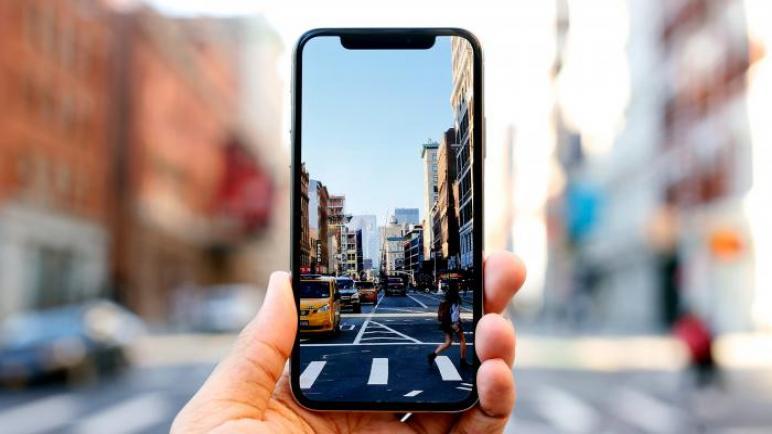 دراسة : 89% من المراهقين لديهم هواتف ذكية