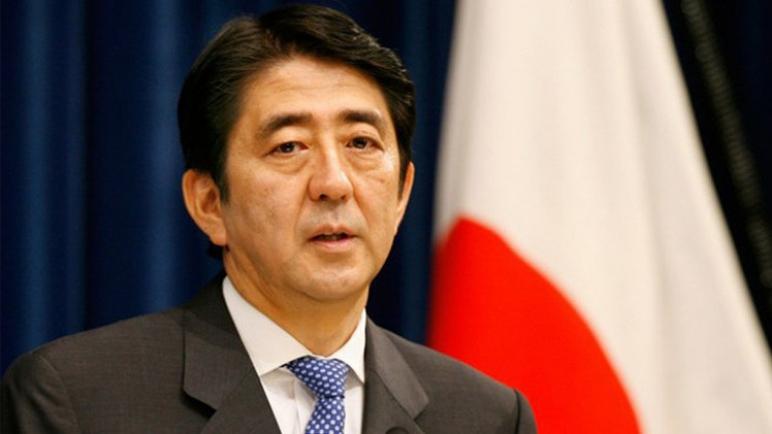 رئيس الوزراء الياباني يدعو للحفاظ على التحالف بين نيسان و رينو و ميتسوبيشي بعد اعتقال غصن